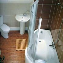 Маленькая ванная - фото